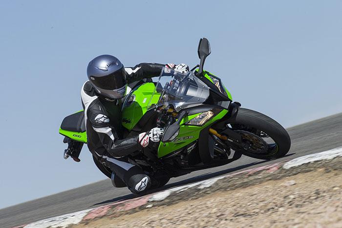 Kawasaki Ninja 10R | Photo Source: Total Motorcycle