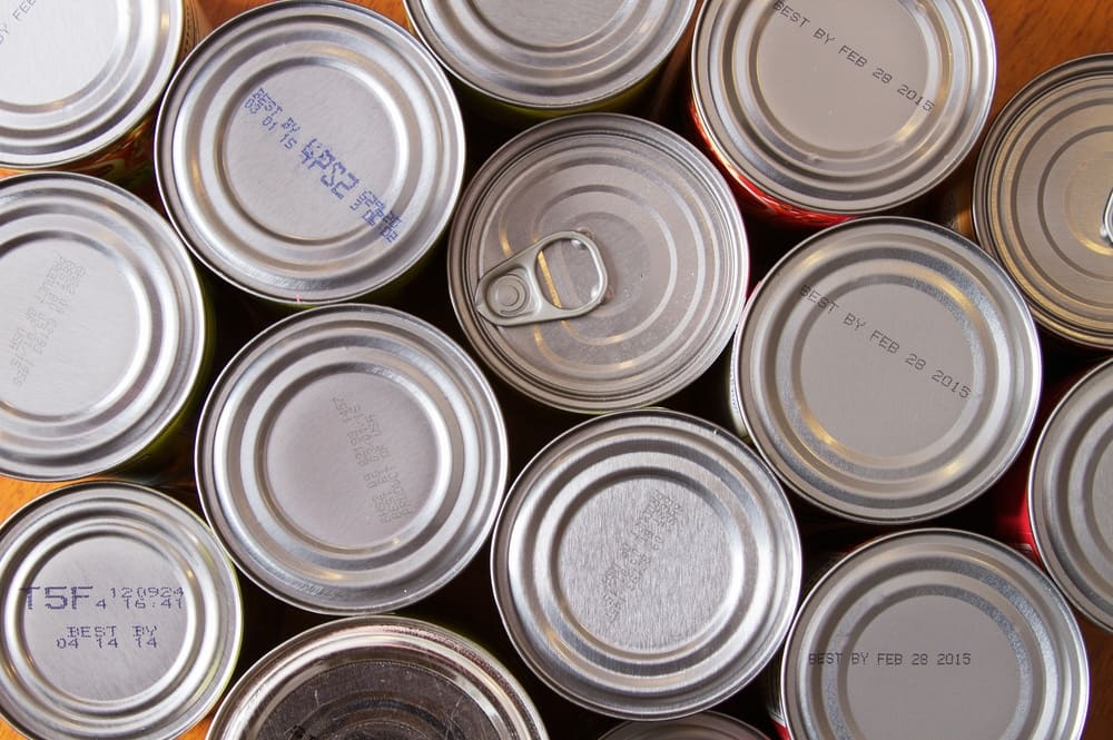 Cordele, Georgia motorcycle club runs canned food drive for Thanksgiving.