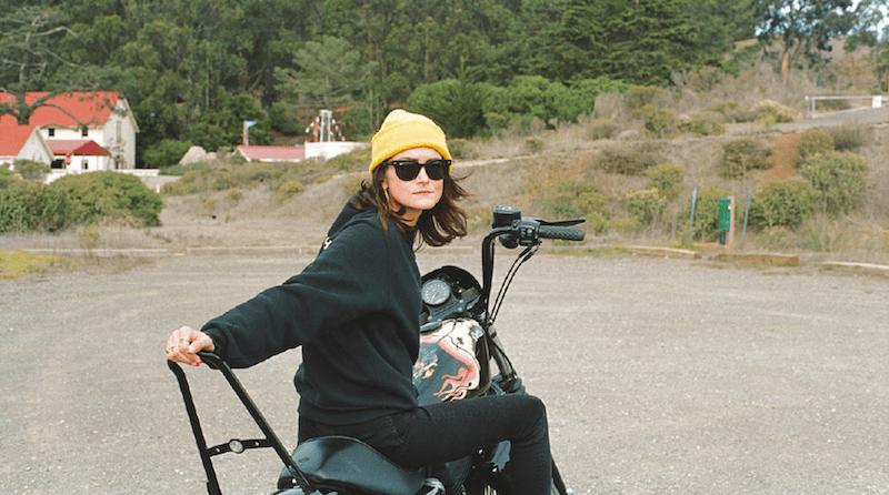 Nicole Andrijauskas Harley Davidson Sportster Iron 1200
