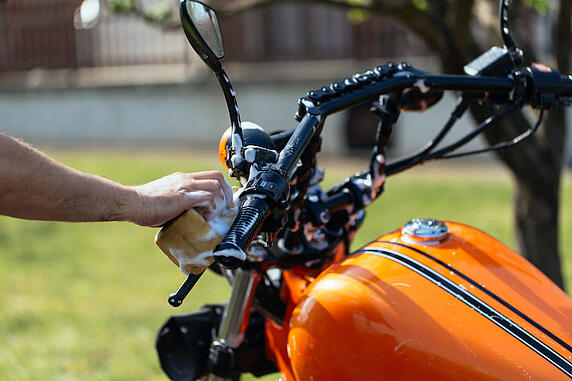 cleaning motorcycle